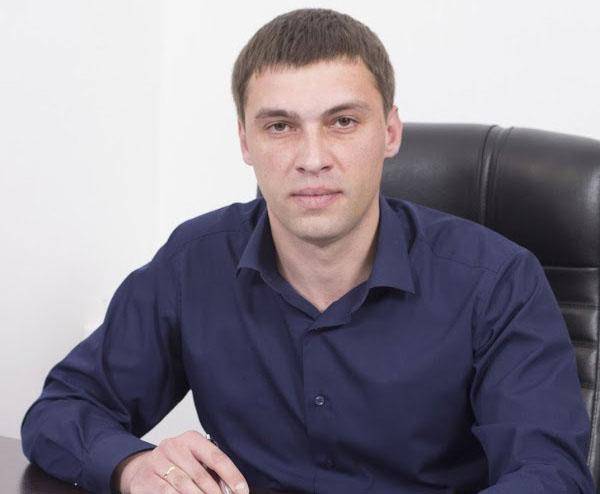 нотариус Ручка Иван Николаевич
